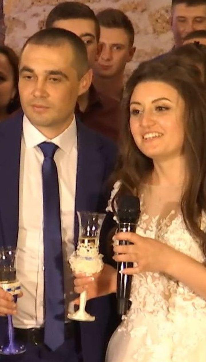 """Старший матрос буксира """"Яны Капу"""" Виктор Безпальченко отгулял свадьбу"""