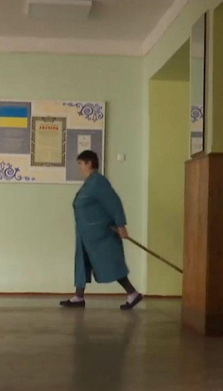 """У Чернігові 16 школярів шпиталізували із діагнозом гепатит """"А"""""""