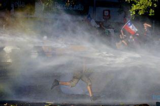 В Чили продолжаются массовые протесты, несмотря на отставки министров