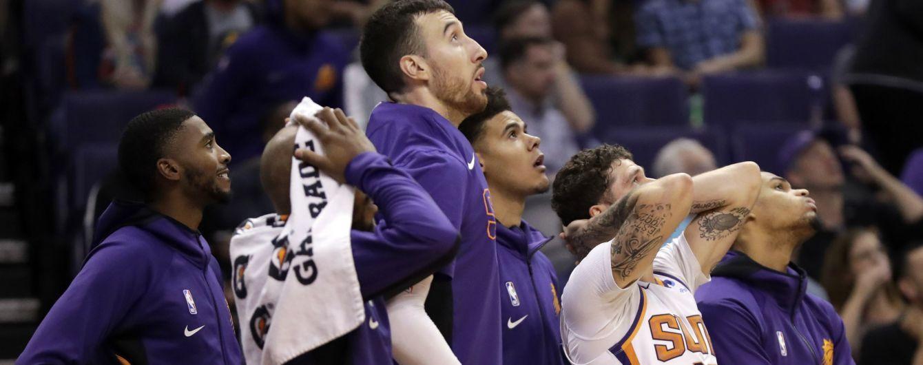 Болельщик клуба НБА выиграл почти 80 тысяч долларов за один бросок
