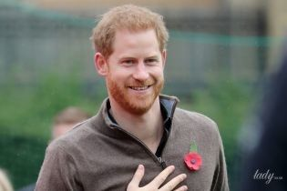 Лысеет следом за братом: у принца Гарри появилась плешь на голове