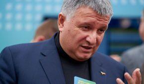 """""""Лютую, що зарплата поліцейського - 8 тисяч гривень"""" - Арсен Аваков"""