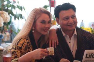 """""""Наверное, весь Дубай выкупила"""": Камалия и ее муж показали их роскошный особняк"""