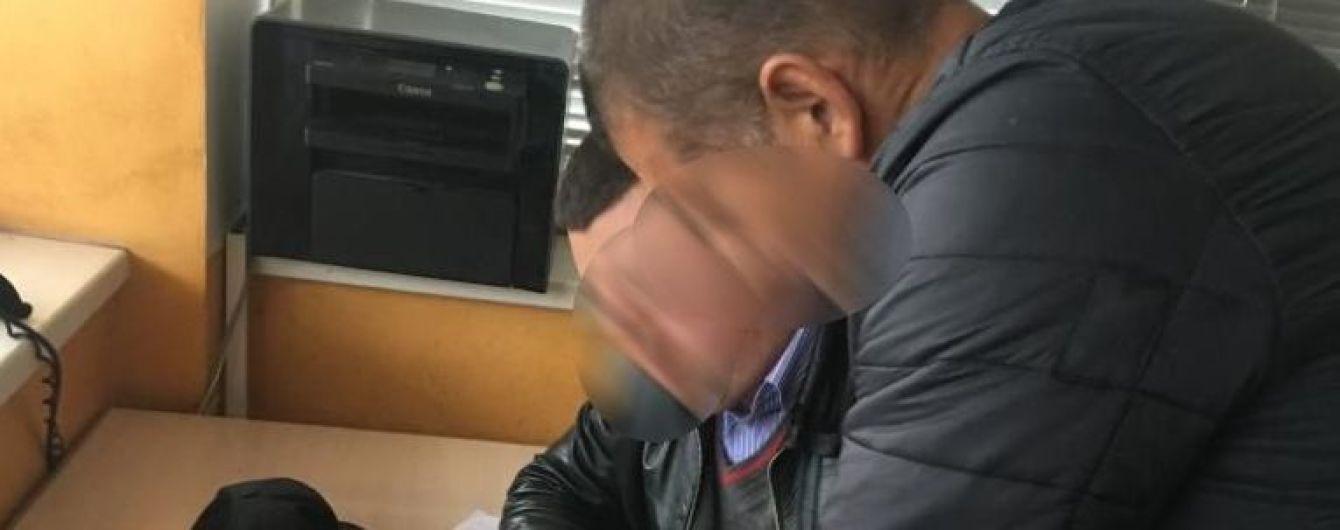 В Львове подозреваемый в подрыве авто бизнесмена сбежал от правоохранителей, но его догнали