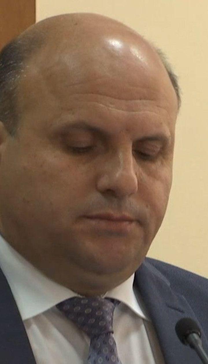 НАБУ підозрює голову Чернівецької облради в отриманні хабара у розмірі 180 тисяч доларів