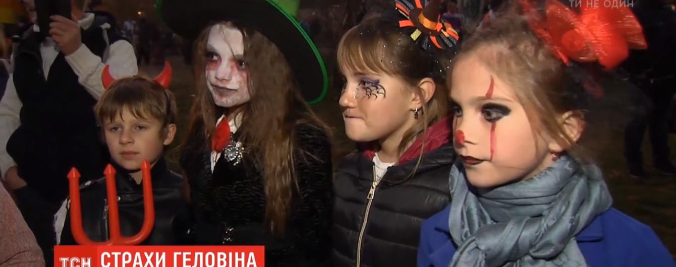 Невинные развлечения или серьезная опасность: психологи рассказали, как Хэллоуин влияет на детей