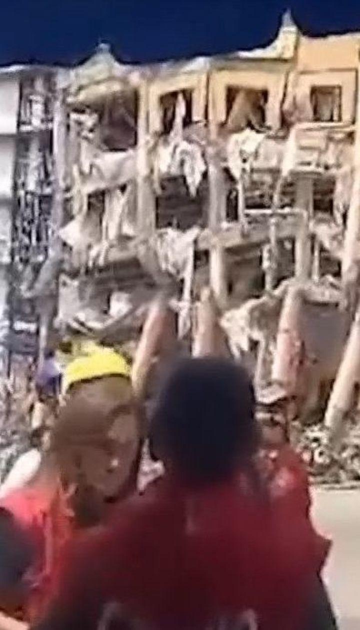 По меньшей мере один человек погиб во время мощного землетрясения на Филиппинах