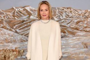 Вся в белом: роскошный выход 61-летней Шерон Стоун на премьере фильма