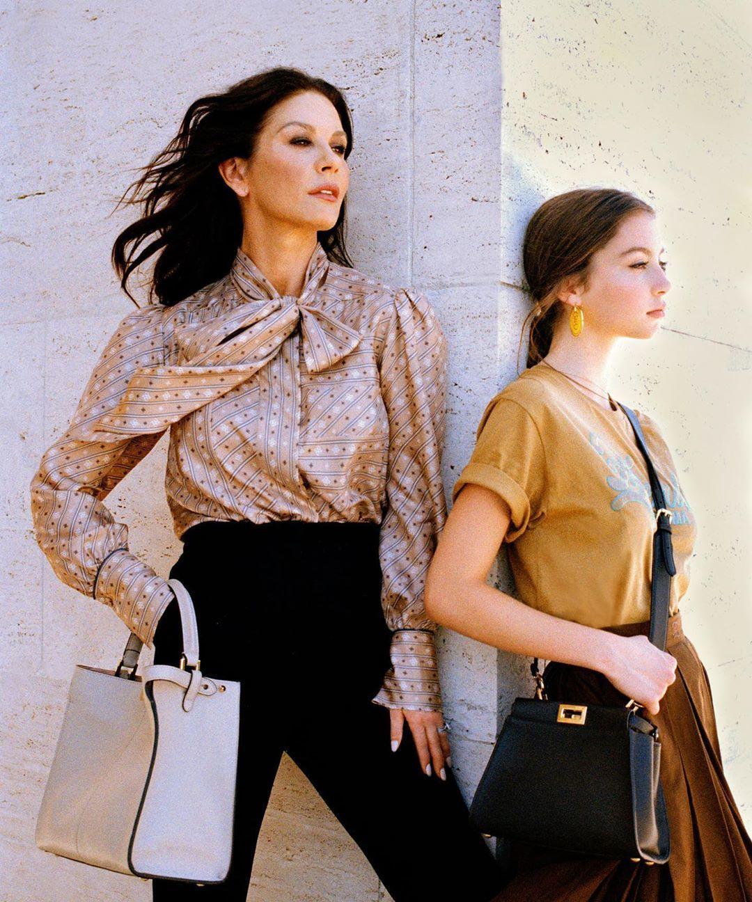 Кетрін Зета-Джонс з донькою_2