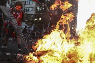 У Держдепі США звинуватили Росію в розпалюванні заворушень у Чилі