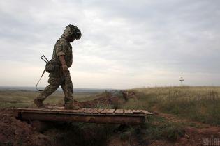 Сутки в ООС: трое украинских военных получили ранения в течение пятницы