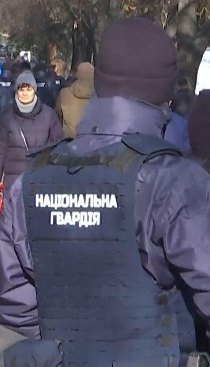 Для ліквідації стихійної торгівлі у Києві залучили спецпідрозділ МВС