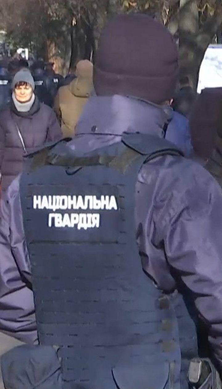 Для ликвидации стихийной торговли в Киеве привлекли спецподразделение МВД
