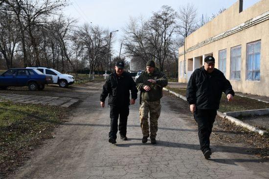 Позиції ЗСУ після розведення та радість людей у сірій зоні: штаб ООС показав нову лінію фронту біля Катеринівки