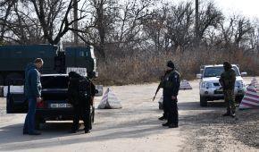 """В полиции показали, как патрулируют улицы """"разведенного"""" Золотого"""