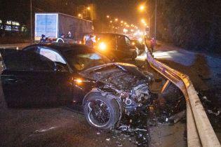На окраине Киева массово столкнулись авто, два водителя сбежали