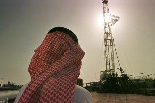 На мировом рынке вновь резко упали цены на нефть