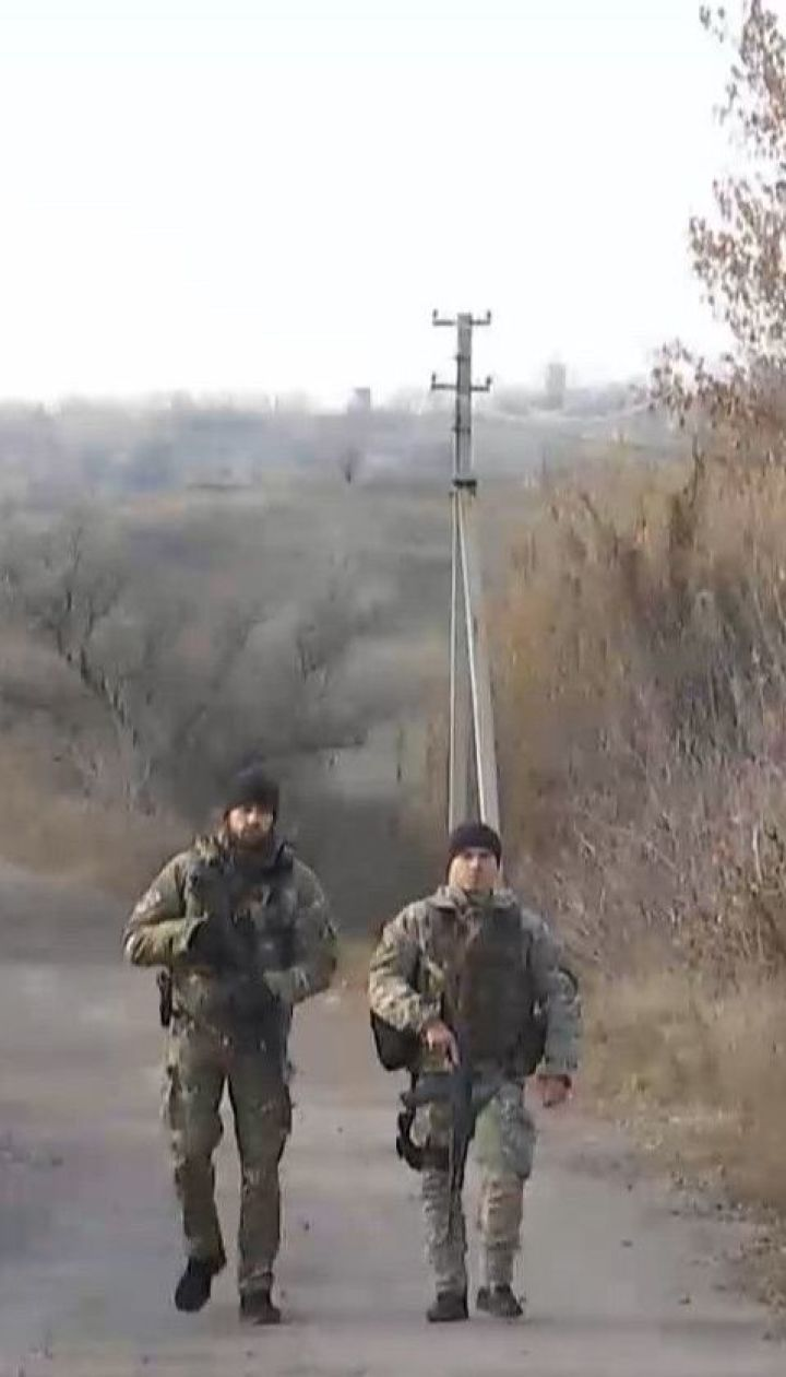 Розведення в Золотому: українських журналістів пустили до зони відведення військ