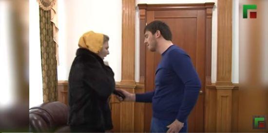 Племінник Кадирова пояснив своє знущання над людьми електрошокером численними наркозами