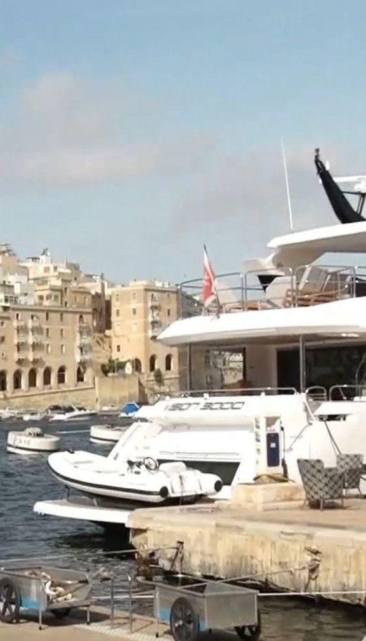 The Guardian сообщил об обнаружении правоохранителями Мальты корабля с напечатанной в РФ валютой