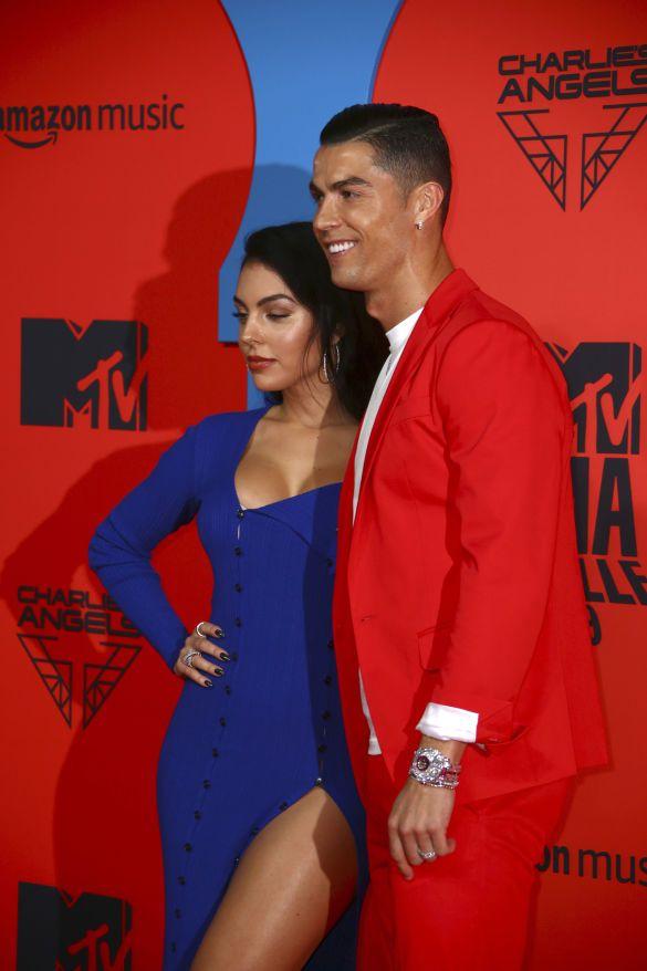роналду і джорджина на MTV_4