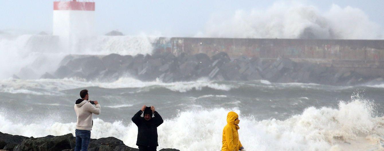 """Шторм """"Амелі"""" накрив Італію, Францію та Іспанію: масштабні руйнування та загиблі"""
