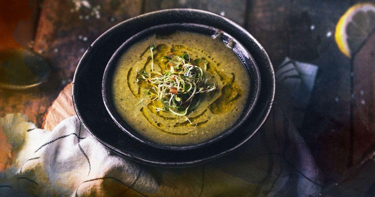 Суп з горошком і броколі