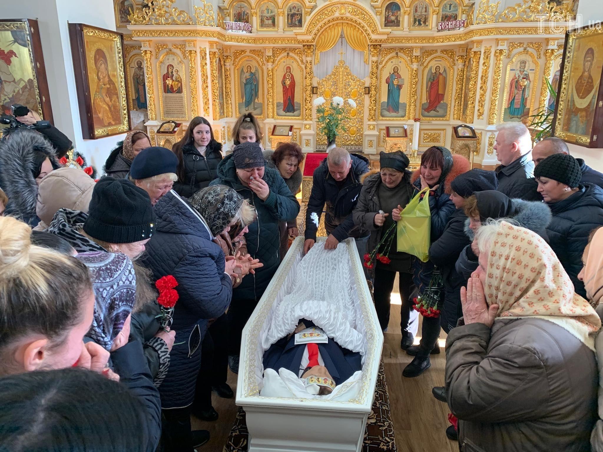 поховання Дениса Чаленка