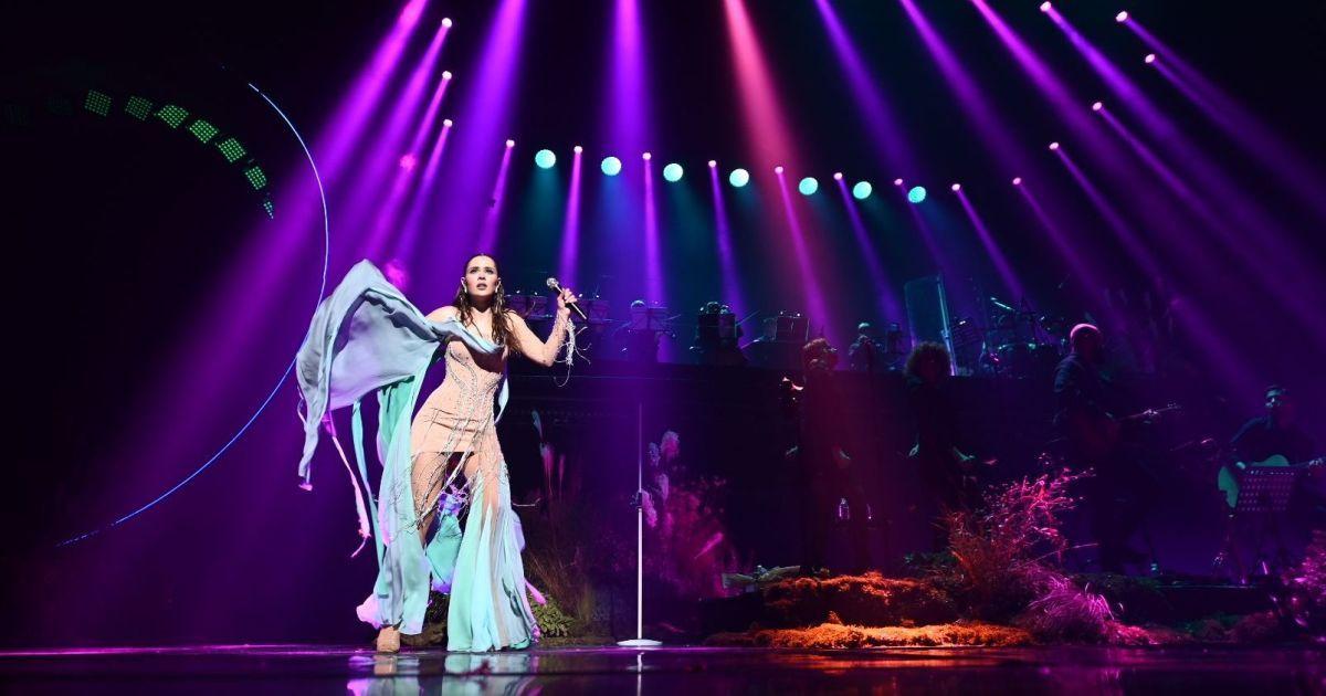 Щирі емоції та нове звучання відомих хітів: The Hardkiss виступив у Києві з акустичним концертом