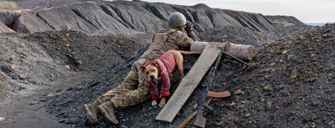 Что происходит в окопах в Золотом во время разведения войск — фоторепортаж