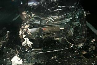 Понівечені автомобілі та загиблі пасажири. На Львівщині сталася смертельна ДТП