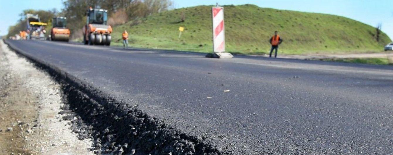 Кабмін візьме великий кредит на будівництво українських доріг