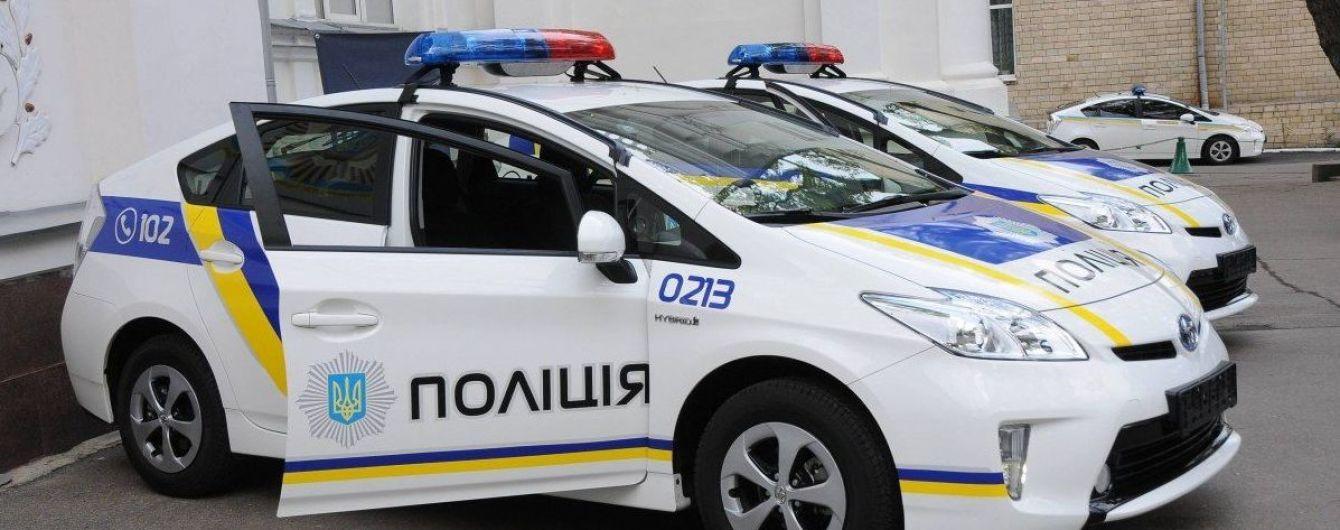 На николаевской АЗС перепутали бензин и дизтопливо: испорчены машины полиции
