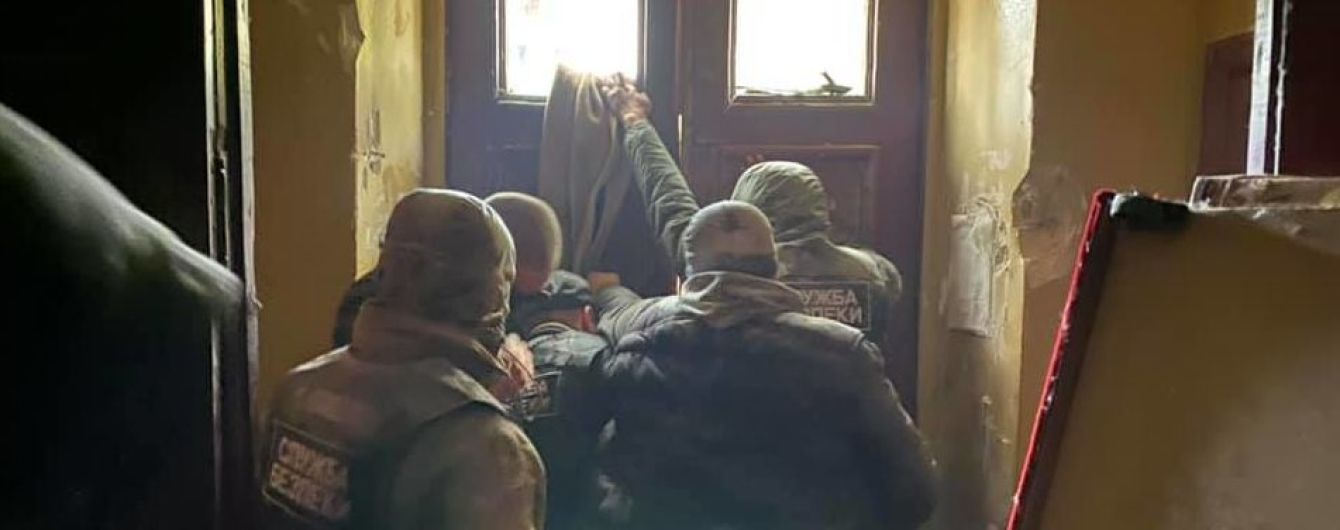 Открытое дело и 11 задержанных. В полиции Киева озвучили свою версию столкновений под общежитием