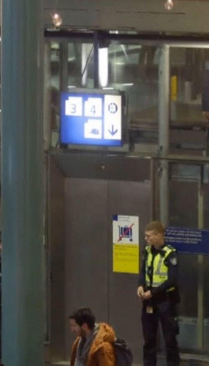 Ложная тревога: в аэропорту Амстердама поднялась паника из-за якобы захвата самолета