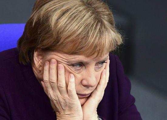 Меркель у Парижі спочатку поговорить із Путіним, а потім із Зеленським
