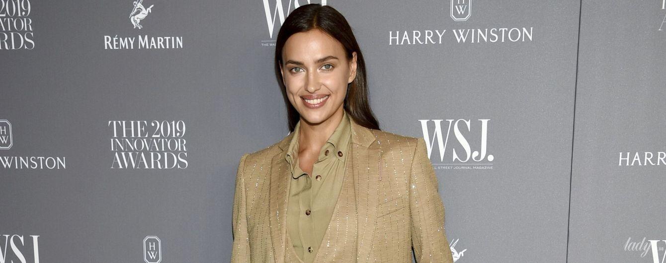 С ног до головы в Burberry: красотка Ирина Шейк на мероприятии в Нью-Йорке
