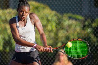 На турнире в США теннисистки едва не подрались после матча