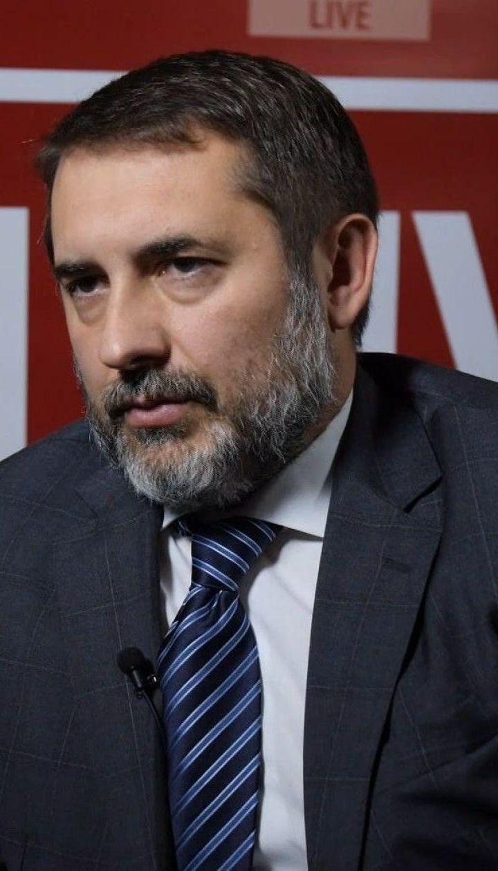 Глава Луганской ОГА рассказал о ситуации с добровольцами в Золотом и о возможном открытии КПВВ в городе