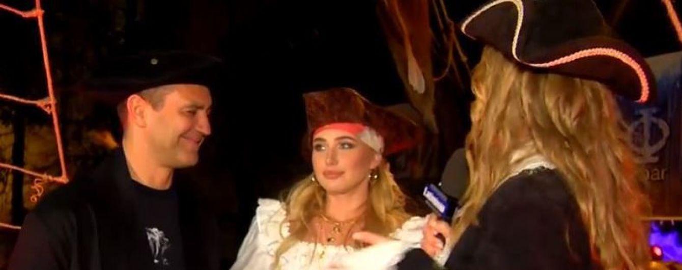 Жена нардепа Тищенко призналась, ревнует ли его к 22-летней помощнице-модели