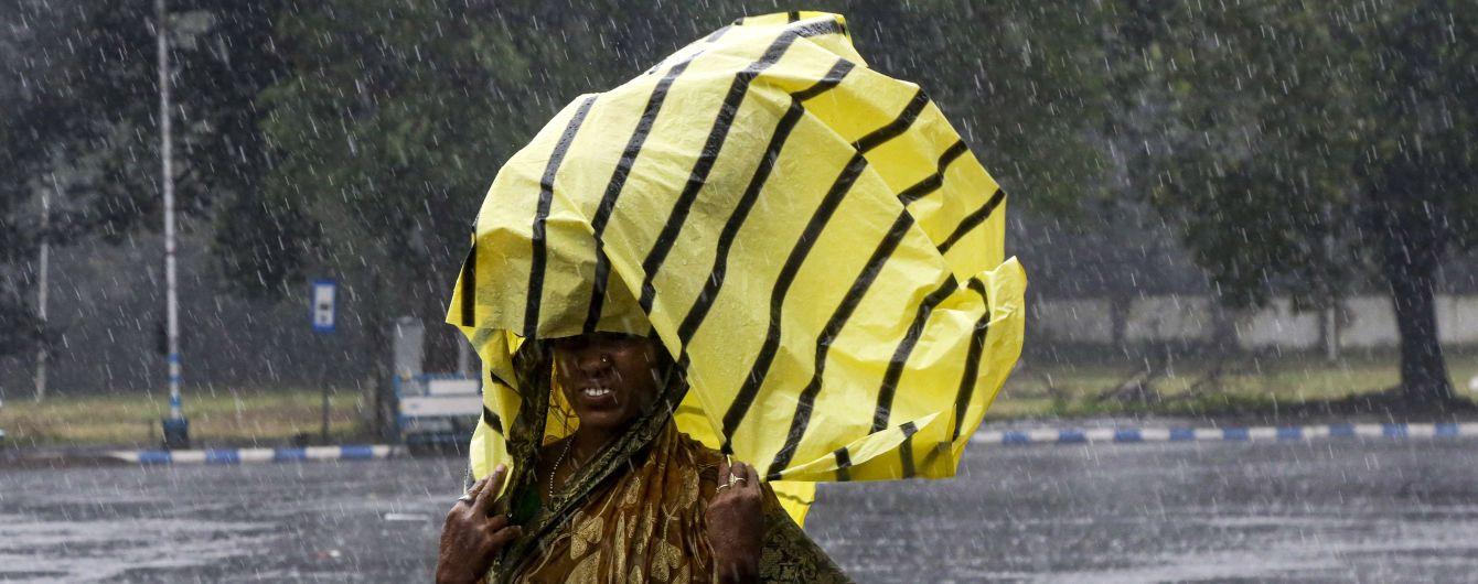В Бангладеш эвакуировали 1,5 млн человек из-за циклона