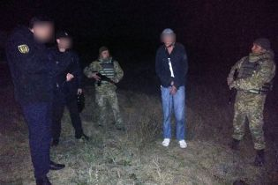 В Одесской области иностранец напал с ножом на пограничника