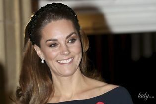 Ах, какая тонкая талия: герцогиня Кембриджская в утонченном образе приехала на концерт
