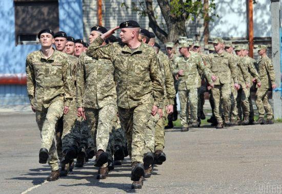Міноборони не збирається відмовлятися від призову на строкову службу - заступник міністра