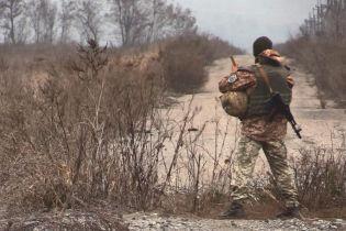 Ситуація на Донбасі: на передовій був поранений український військовослужбовець