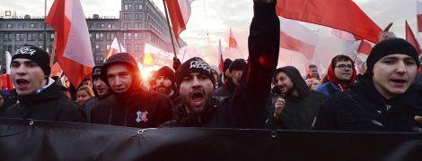 В Польше состоялось шествие ко Дню независимости. Организаторы заявляют о 150 тысячах участников