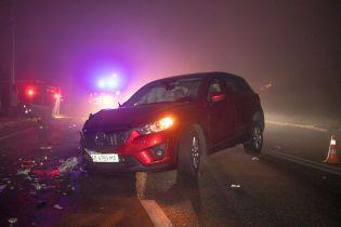 В Днепре водитель минибуса устроил серьезную аварию и сбежал без авто