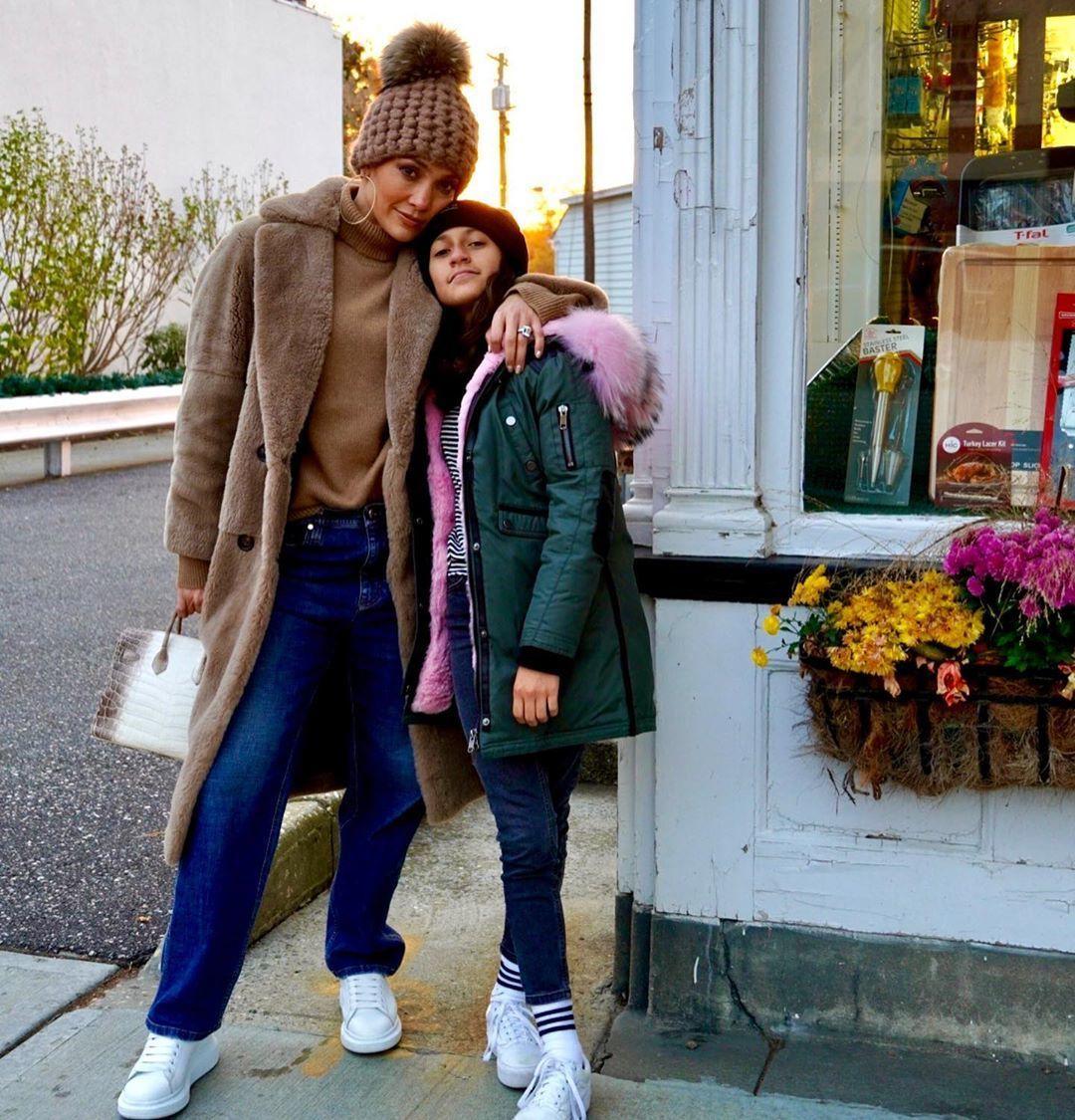 Дженніфер Лопес з дочкою