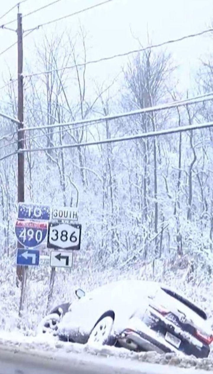 Снежные сугробы, заблокированные трассы и отмененные рейсы: в США началась настоящая зима