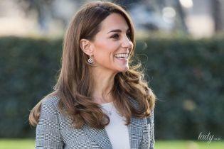 Что ни выход - блестящий образ: герцогиня Кембриджская приехала на очередное мероприятие